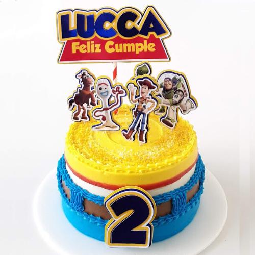 Pastel Infantil de cumpleaños decorado con Buttercream de vainilla
