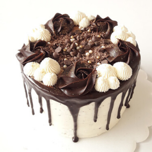 Pastel Buttercream cake dripcake